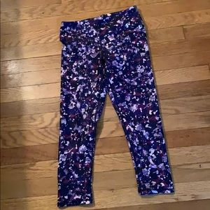 Fabletics capri workout pants